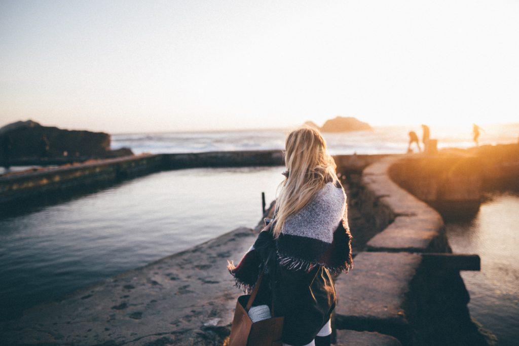 8 Kickass Ways to Satisfy Wanderlust When You're Broke AF